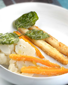 Coliflor con tempura de vegetales